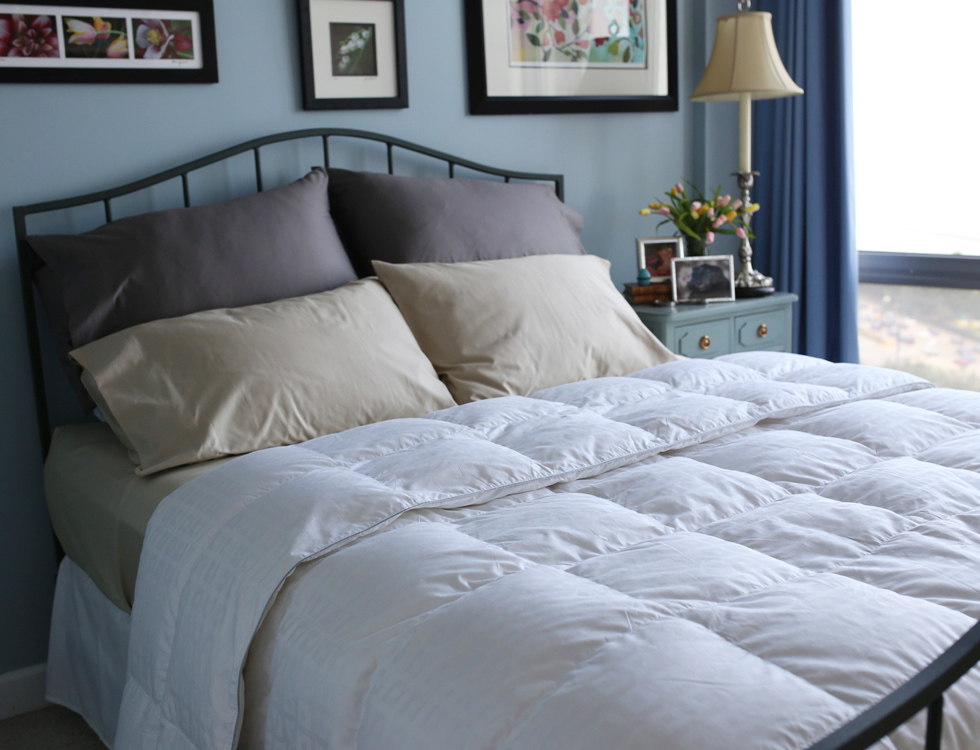 goose regular warm comforter are baffle duvets with comforters weight filled light white generously cozy box vero finest linens snow the down