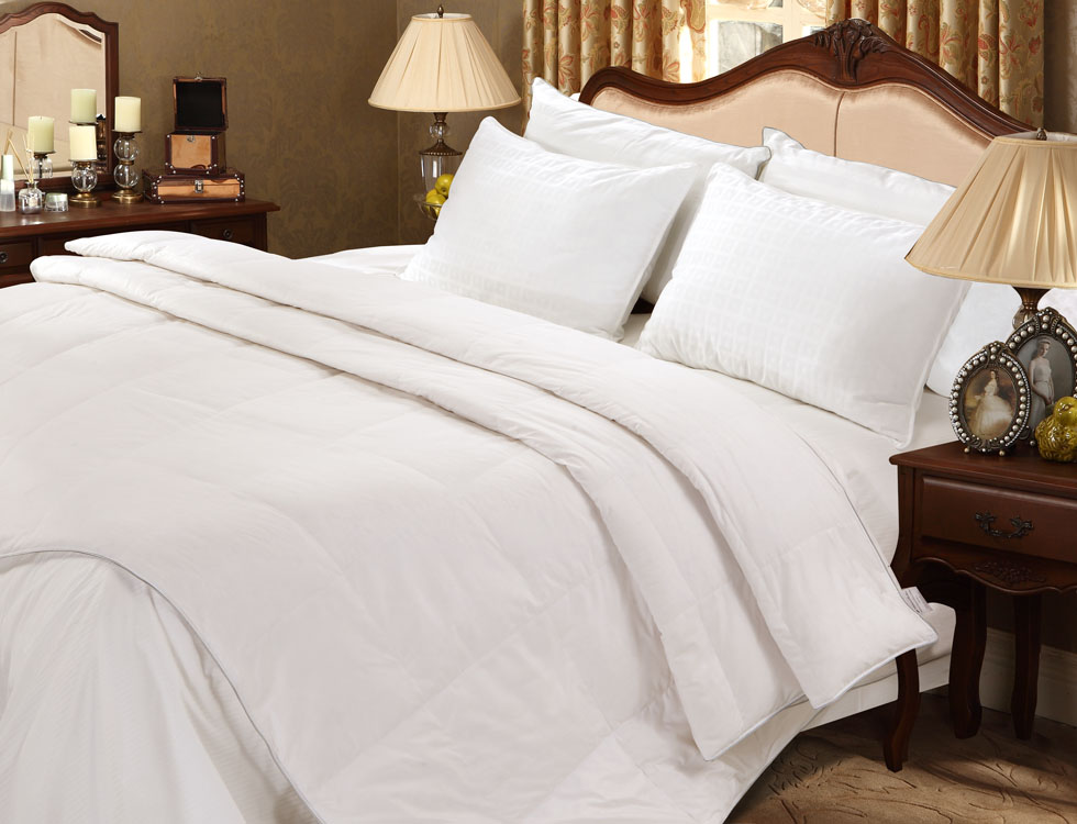 premium sliver antimicrobial white goose down comforter extra warm nature relax. Black Bedroom Furniture Sets. Home Design Ideas