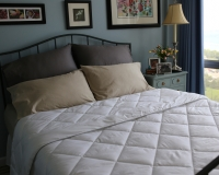 All Season Silver Antimicrobial White Down Comforter – Super Soft Lightweight